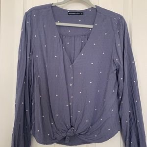 ABERCROMBIE v-neck tie-front blouse